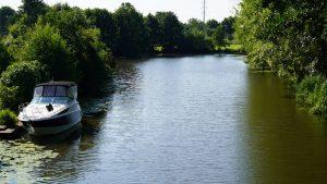 Der Fluss ist beliebt bei Wassersportlern
